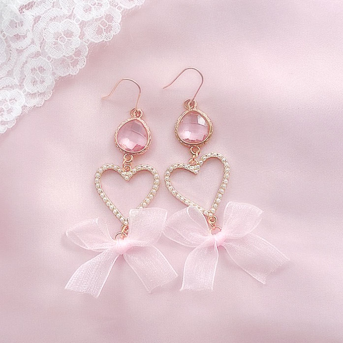 Heart with bow earrings